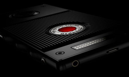 RED Hydrogen One, lo smartphone con display olografico