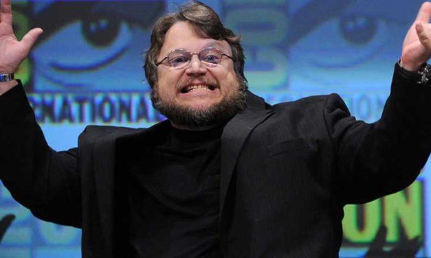 """Guillermo del Toro ha vinto il Golden Globe come miglior regista per """"La Forma dell'Acqua"""""""
